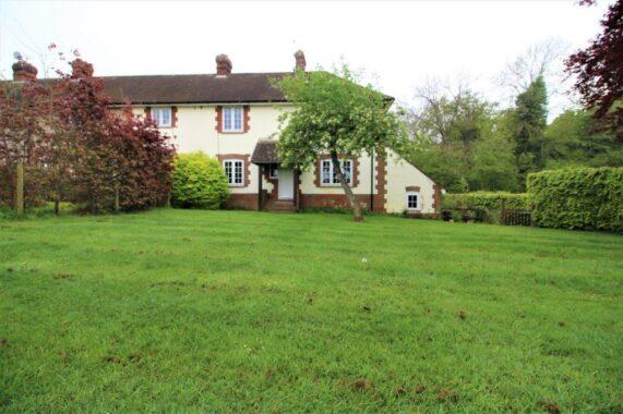 4 Hoplands Cottages, Kings Somborne (1)