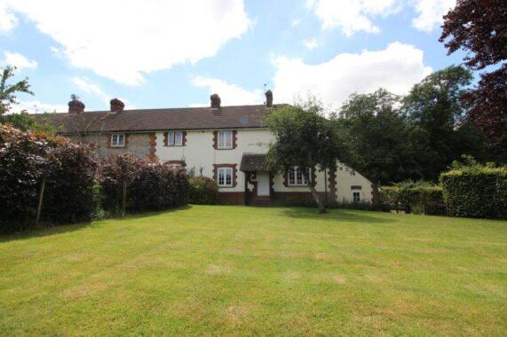 4 Hoplands Cottages, Kings Somborne (2)