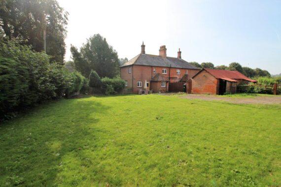 1 Manor Farm Cottages, Weston Corbett (8)